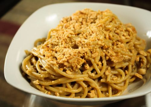Enjoy these quick Asian Noodles with Peanuts in just minutes!