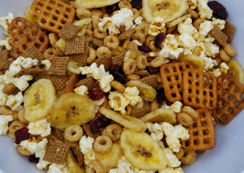 Photo: Apple cinnamon snack mix.