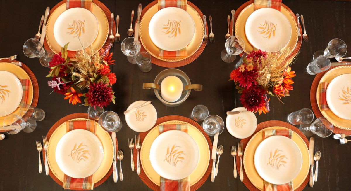 Thanksgiving fall table setting wheat dishes | eatwheat.org