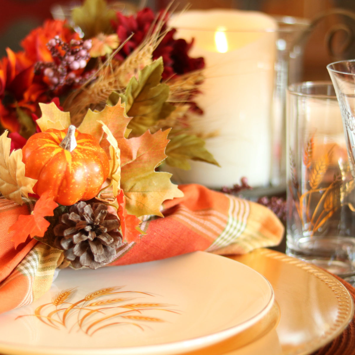 Fall Thanksgiving wheat table setting | eatwheat.org