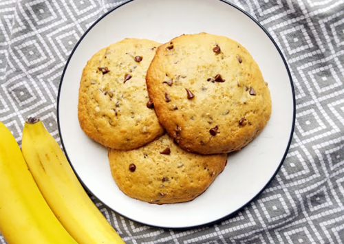 Banana Peanut Butter Chocolate Chip Muffin Tops | Eat Wheat