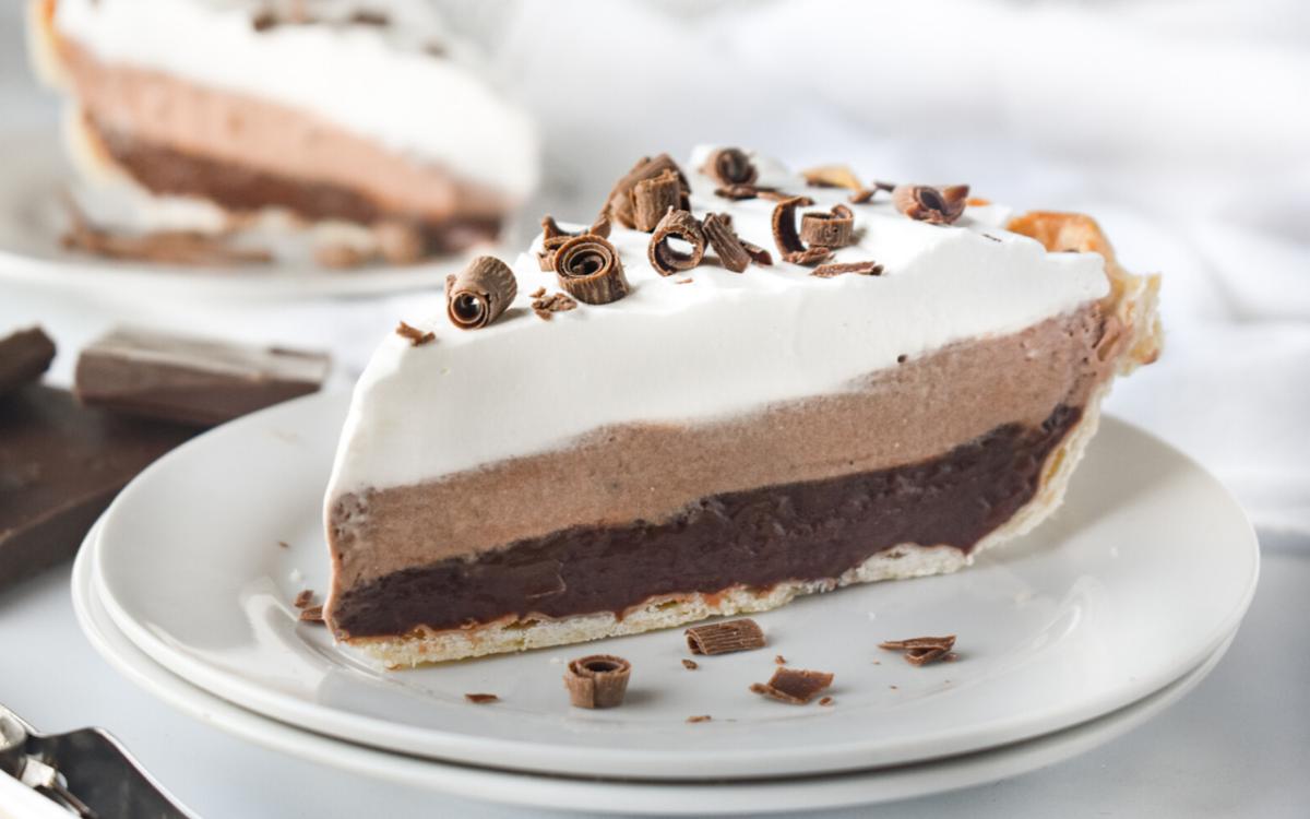 Image: Layered Chocolate Pudding Pie.