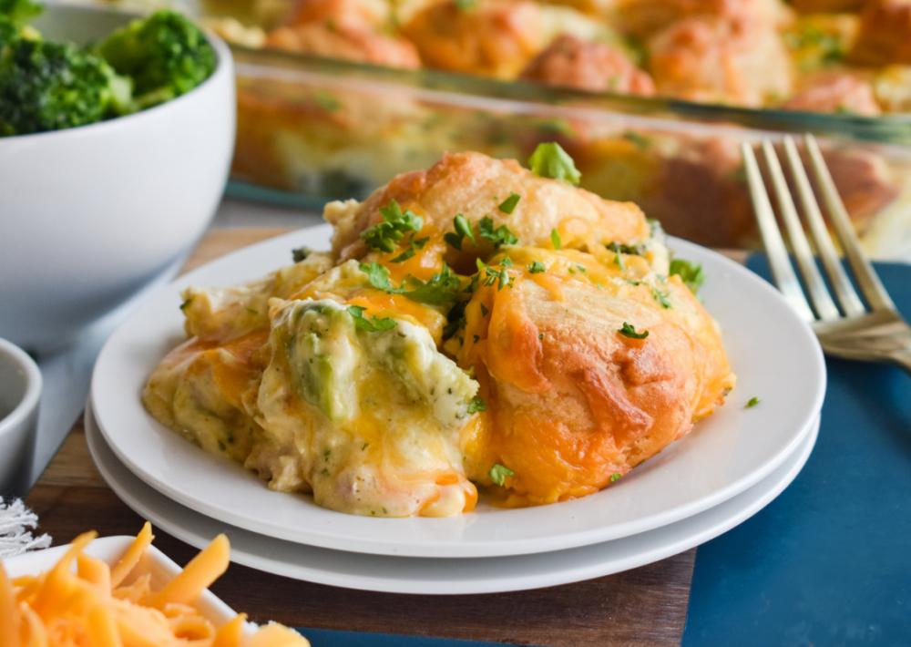 Cheesy Chicken & Broccoli Biscuit Bake
